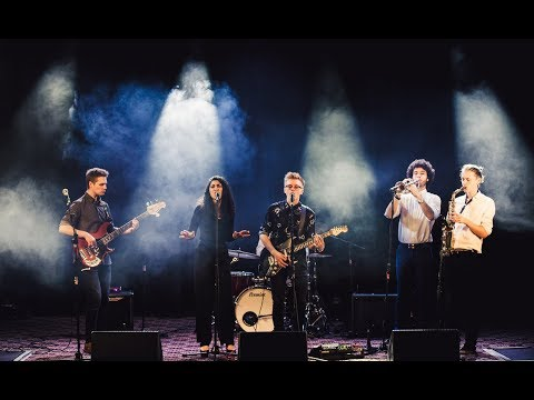 Signal | 6-piece Surrey Based Cover Band with brass