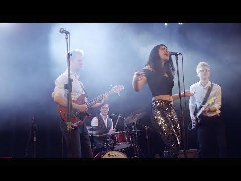 Signal | Surrey Based Party Band