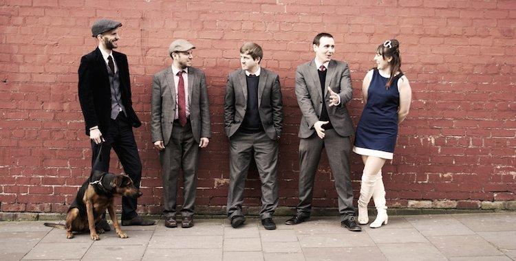 Retro styled wedding band