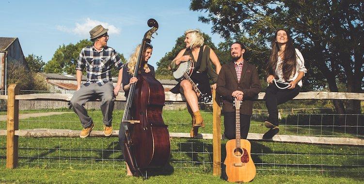 Zazu wedding band from Brighton