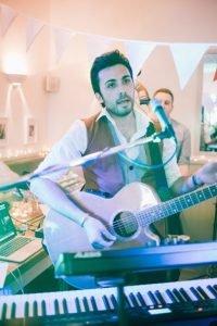 wedding band guitarist